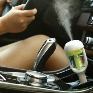 Difuzér na vůni do auta s USB