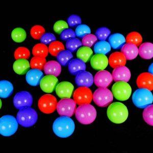 Plastové míčky 50 ks (8 cm)