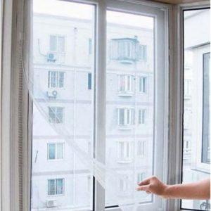 Nastavitelná síť do okna