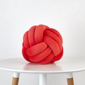 Designový polštář - červená