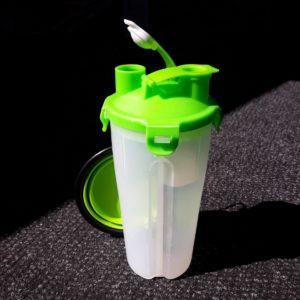 Cestovní láhev na vodu a krmivo - zelená