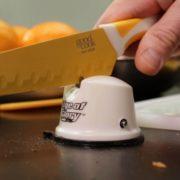 Stolní brousek nožů
