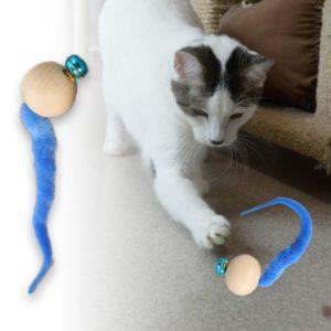 Hra pro kočky - kulička s rolničkou
